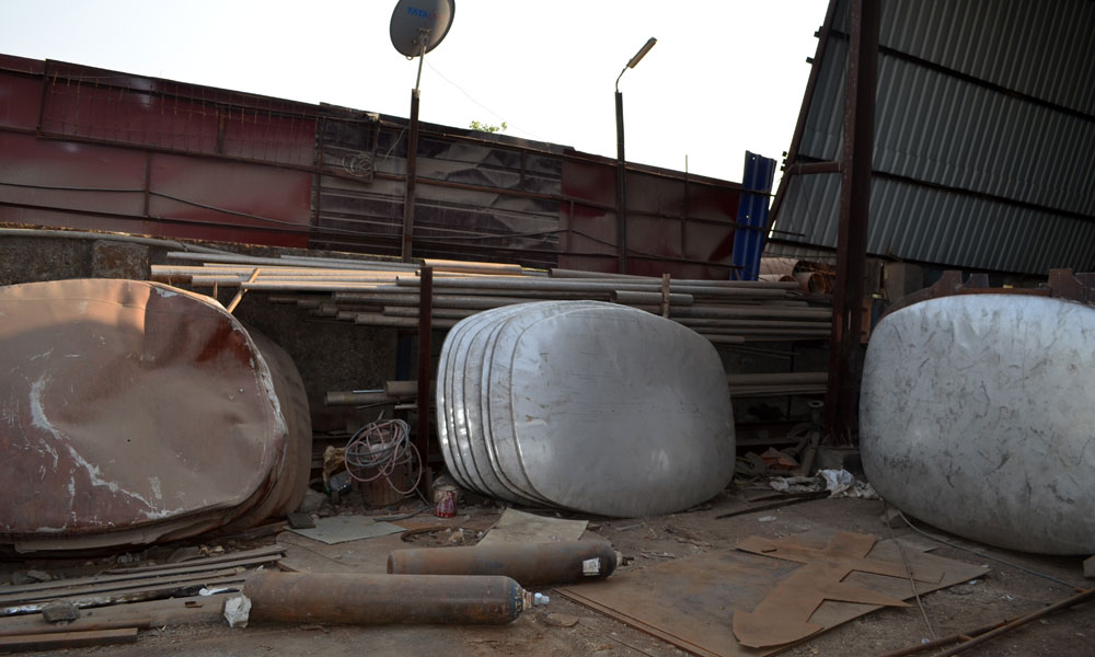 steel tank capacity